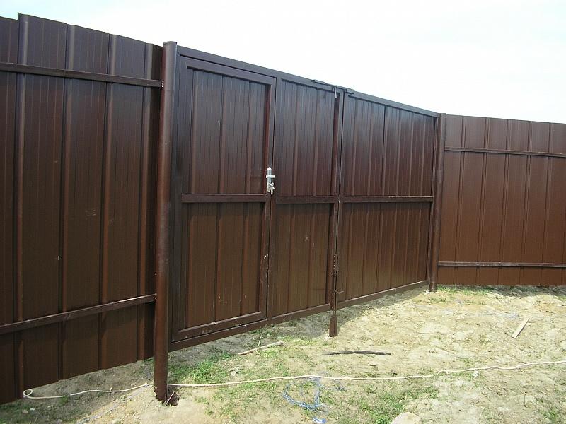 Забор своими руками из профлиста фото